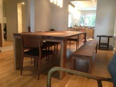 Ohh La La...Sleek and Sophisticated Dining Set in a Modern Reno - http://1925workbench.com/blog/?p=797