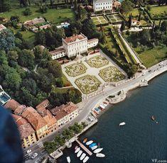 Photos: Photos: Lake Como's Villas, Interiors, and Glamorous Denizens Sorrento Italy, Naples Italy, Sicily Italy, Venice Italy, George Clooney, Italian Garden, Italian Villa, Italian Style, Lake Como Villas