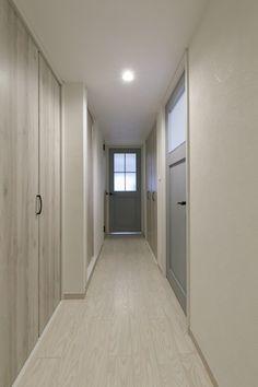 Garage Doors, Outdoor Decor, Furniture, Home Decor, Interior Design, Home Interior Design, Arredamento, Home Decoration, Decoration Home