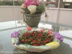 Kuru domatesle ne yapabilirim,kuru domates salatasi,kebap salatalari,degisik salatalar,ozel salatalar