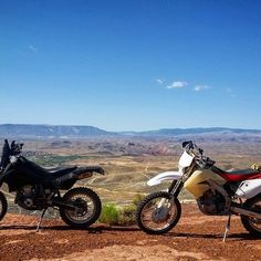 WOULD YOU RATHER have the low maintenance #drz400 or the raw power of the #crf450x? Why? #everide #ADV #dualsport