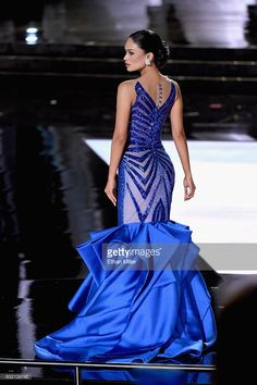 Who Won Miss Universe Meet Pia Alonzo Wurtzbach!: Photo Miss Philippines Pia Alonzo Wurtzbach is crowned Miss Universe after winning the 2015 Miss Universe Pageant held at the Planet Hollywood hotel on Sunday (December… Elie Saab, Royal Blue Gown, Marine Uniform, Blue Dresses, Formal Dresses, Wedding Dresses, Glamour, Miss Dress, Party