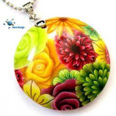 Burgundy green flowers - pendant | par Marcia - Mars design
