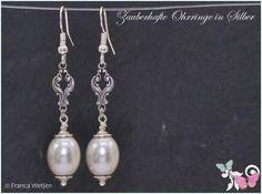 Ohrhänger - Hochzeit Ohrhänger Tropfen Silber weiß Perle lang - ein Designerstück von Zauberhafte-Ohrringe-in-Silber bei DaWanda