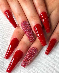Most Beautiful and Attractive Red Christmas Nails 2019 : Cute red Christmas coffin acrylic nails long with an accent glitter nail! Christmas Nails 2019, Xmas Nails, Holiday Nails, Chistmas Nails, Christmas Nails Glitter, Polish Christmas, Christmas 24, Winter Holiday, Red Acrylic Nails
