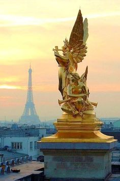 The Best Vacation Destinations In France – Travel In France Dan Paris, Paris Love, Paris City, Paris Paris, Tour Eiffel, Paris Travel, France Travel, Places Around The World, Around The Worlds