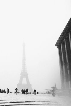 Tour Eiffel, Paris Travel, France Travel, Monuments, Beautiful World, Beautiful Places, You're Beautiful, Tuileries Paris, Places To See
