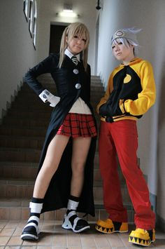 Maka Albarn and Soul Eater cosplay---- I'm not even ashamed to say I love this!! But I'd totally be Black Star (sorry can't make the star)