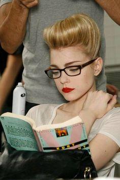 Jess Stam reading Kurt Vonnegut