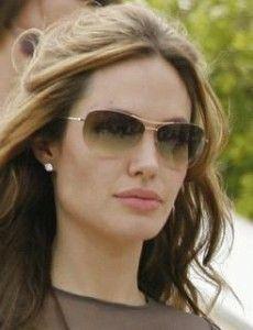 05fad5e4d5f4d Observatório Feminino - Óculos de sol  descubra o modelo perfeito para você  Óculos Aviador Feminino