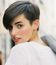 anne catherine frey- she is so cool fashion student and bloger living in Paris -