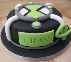 Thinking of doing a Ben 10 cake like this one for my soon-to-be-6-year-old's birthday in June . . .