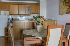 Akisol Monte Gordo Sun II Monte Gordo Akisol Monte Gordo Sun II is an apartment set in Monte Gordo, 300 metres from Monte Gordo Beach. The unit is 1.9 km from Cabe?o Beach.  There is a seating area and a kitchenette as well as a private bathroom.