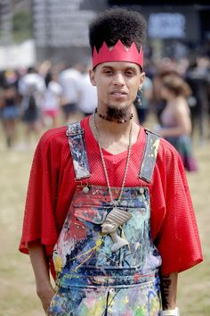 Rounding out the summer of music festivals at this fashion forward Brooklyn outpost. Afro Punk Fashion, Funky Fashion, Fashion Black, Men Fashion, Style Fashion, Afropunk 2016, Music Festival Fashion, Music Festivals, Street Style 2016