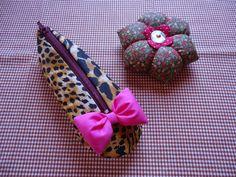 Angela Maria Artesanto: bolsinha sapatilha e agulheiro