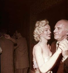 Marilyn with Walter Winchell at Ciro's, 1953.