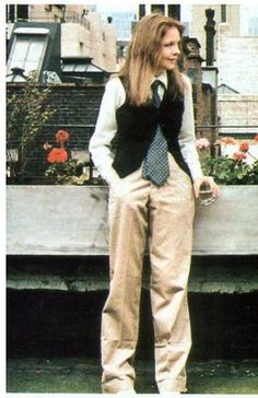 Diane Keaton's outfit in Annie Hall became symbolic of 70s style. Winning four Academy Awards, including Best Actress for its eponymous, title character, this outfit inspired the world to revisit menswear inspired tailoring.