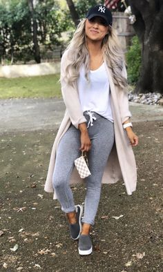 Autumn Fashion Casual, Fall Fashion Outfits, Casual Winter Outfits, Simple Outfits, Spring Outfits, Winter Fashion, Cute Outfits With Leggings, Cute Comfy Outfits, Lazy Day Outfits