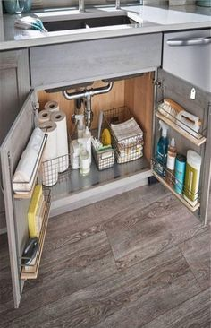 21 Small Kitchen Cabinet Organization and Storage Space Saving Ideas Modern Kitchen Cabinets Cabinet Ideas Kitchen Organization Saving small SPACE Storage Small Kitchen Cabinets, Smart Kitchen, New Kitchen, Kitchen Ideas, Kitchen Designs, Kitchen Inspiration, Minimal Kitchen, Kitchen Layout, Awesome Kitchen