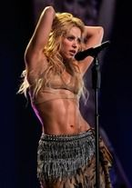 Shakira's Post-Baby Workout Plan - Celebrities Shakira Body, Shakira Style, Divas, Shakira Mebarak, Post Baby Workout, Hot Girls, Curls For Long Hair, Fit Girl Motivation, Nail Design