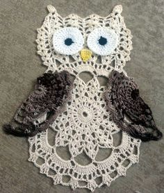 Hoo-hoo; hoo-hoo! I can almost hear the hoots of an owl, can't you? And our adorable thread crochet owl is sure to be a favorite boasting lots of pretty shells and a lovely pattern repeat. Cute half-doily like wings accent this owl to perfection while big 'ol eyes peer out. Designed by Betty Stevens.