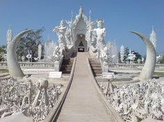 Photos of Wat Rong Khun -Thailand - I wanna go here!