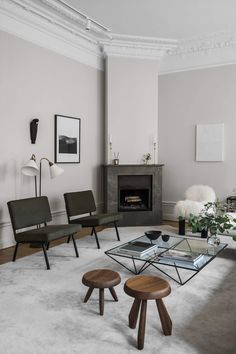 The Home of Interior and Furniture Designer Louise Liljencrantz   MODEDAMOUR