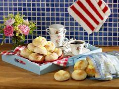 Sockersöta vaniljbullar - Recept - Stowr Pretzel Bites, French Toast, Dairy, Bread, Cheese, Breakfast, Food, Morning Coffee, Brot