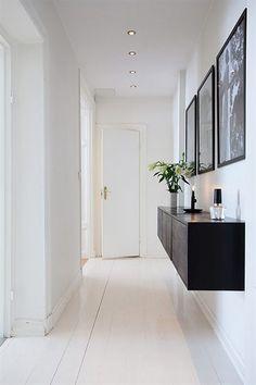 entre-indretning-boligindretning-design-interior-homedecor-hallway-sort-hvid