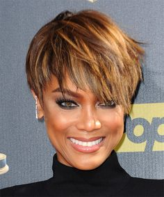 Tyra Banks Hairstyle - Short Straight Casual - Medium Brunette