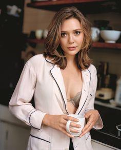 Sexy And Successful Elizabeth Olsen (70+ Photos) - Sharenator