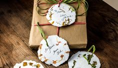 Gift Tags From Recycled Paper And Flowers - Hobby Farms