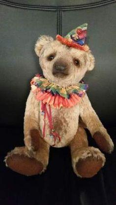 Ours-dartiste-de-Laure-Waytek-Sweet-Mo-Mo-Ruffle-Artist-bear-Laure-Waytek