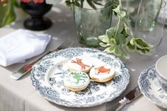 Julia Löwe made this gorgeous pics of my handpainted cookies, www. Decorative Plates, Hand Painted, Cakes, Inspiration, Create, Tableware, Home Decor, Love, Biblical Inspiration