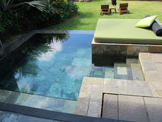 You definitely want to have a pool instead of your home. Pool to relax, exercise and to cool the mind while having problems. But the swimming pool is not something that can be easily and practicall… Small Swimming Pools, Small Backyard Landscaping, Small Pools, Swimming Pool Designs, Backyard Beach, Backyard Ideas, Hot Tub Backyard, Indoor Swimming, Garden Ideas