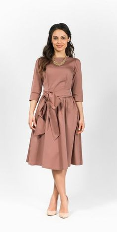 Modest dusty rose pink midi dress with 3/4 sleeves | Mode-sty #nolayering