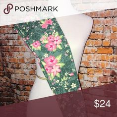 Lularoe OS Floral summer leggings nwt Os fits approximately sizes 2-10 LuLaRoe Pants Leggings