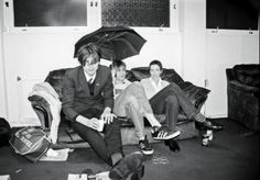 Alex and Damon British People, British Boys, Real People, Famous People, Blur Band, Damon Albarn, Liam Gallagher, Alex Turner, Britpop