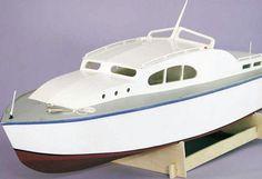 Sea Queen Radio Control Model Boat Kit 2000   Hobbies