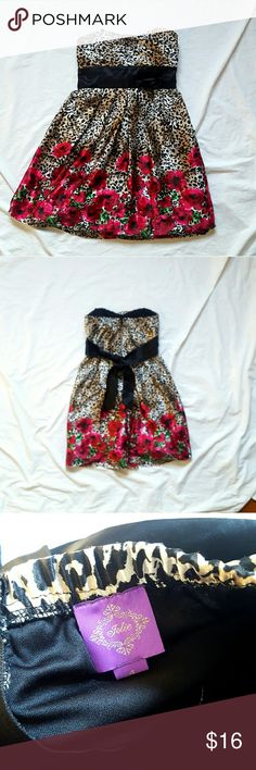 """Leopard Print Strapless Dress with Roses Leopard Print Strapless Dress with Roses  Brand is Jolie Only worn once. Size 4   Measurements  Chest 14"""" Length 28"""" jolie Dresses Strapless"""