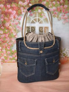 Handmade women s bags order jeansOrder jeans … - Diy And Craft Love this denim tote! Arts and crafts fair. Interior, style, cord, metal accessories DIY Bag and PurseChic bag made of old jeans diy – ArtofitA bead Denim Tote Bags, Denim Purse, Handmade Handbags, Handmade Bags, Jean Purses, Purses And Bags, Denim Crafts, Recycled Denim, Recycled Leather