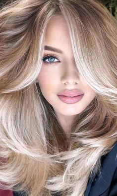 Woman Face, Girl Face, Model Face, Blonde Beauty, Body Shapes, Face And Body, Sexy Women, Beautiful Women, Long Hair Styles