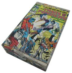 (http://www.papervsglue.com/transformers-cigar-box/)