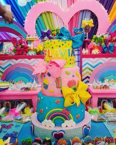 Jojo Siwa birthday party. Jojo Siwa Cake.