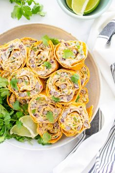 Simple Vegan Taco Pinwheels | This Savory Vegan Vegan Wraps, Vegan Tacos, Vegan Chipotle, Healthy Dinner Recipes, Vegetarian Recipes, Vegetarian Options, Tofu Recipes, Delicious Recipes, Healthy Food