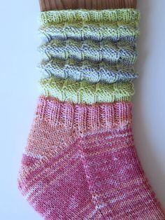 Rabarbersockan – en vårfin uppstickare! Knit Or Crochet, Crochet Stitches, Stick O, Drops Design, Knitting Socks, Yarn Crafts, Crochet Clothes, Handicraft, Mittens