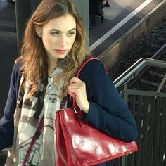 Our bag Venice in red