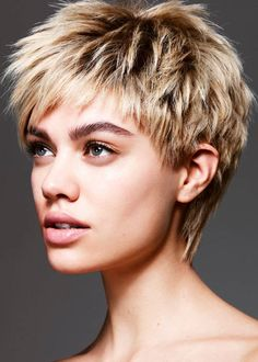 The best collection of Textured Short Hairstyles, Latest and best short haircuts, short hairstyles, short hair style trends 2018 Short Textured Haircuts, Stylish Short Haircuts, Cool Short Hairstyles, Cool Haircuts, Hairstyles Haircuts, Textured Hairstyles, Hairstyle Short, Summer Hairstyles, Short Hair Cuts For Women
