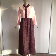 VINTAGE Quilted Sears House Coat Brown and Pink Adorable snap down front with soft quilted fabric in retro brown and pink. Sz 8 Vintage Jackets & Coats