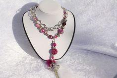 #Schmuck #Halsschmuck #Kette #Endloskette #pink #silber #Schlüssel #Feder #Polaris #Perlmutt #Silverfoil Nun mal ein Exemplar aus meiner Headpin-Kollektion. Der Name entsteht durch Kettelstifte...